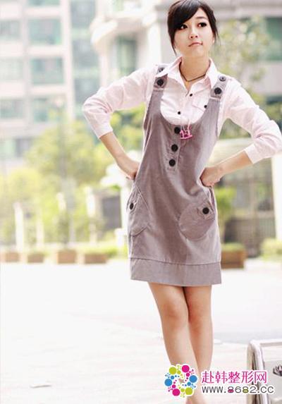 可爱休闲韩版背带裙