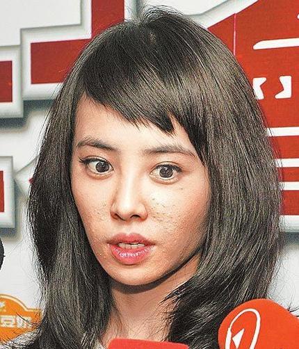 蔡依林脸部现诡异事件之方块脸(图),蔡依林,皮肤状态